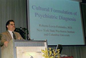 Prof Roberto Lewis Fernandez van de Columbia University aan het woord op de studiedag